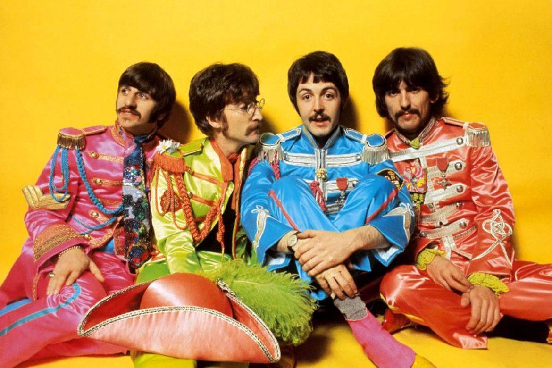 O disco icônico Sgt. Pepper's Lonely Hearts Club – um dos melhores já lançados